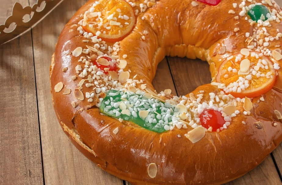 Roscon de reyes. Traditional cake-style pastry